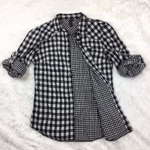 toyshop gingham checkered flannel button down xs